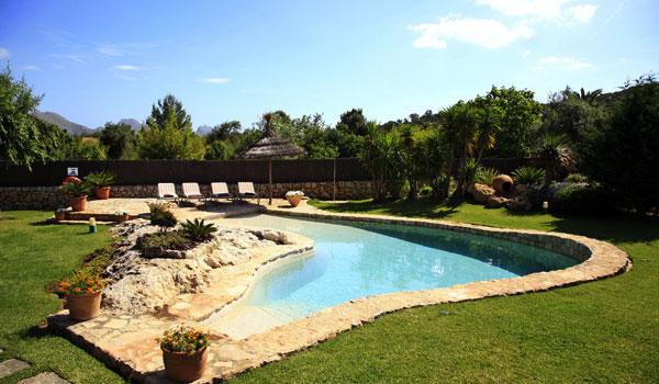 Del jard n al huerto - Fotos jardines con piscina ...